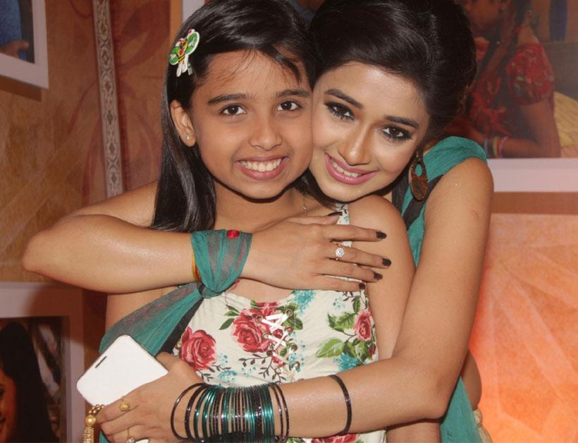 Sparsh khanchandani and tina dutta dating