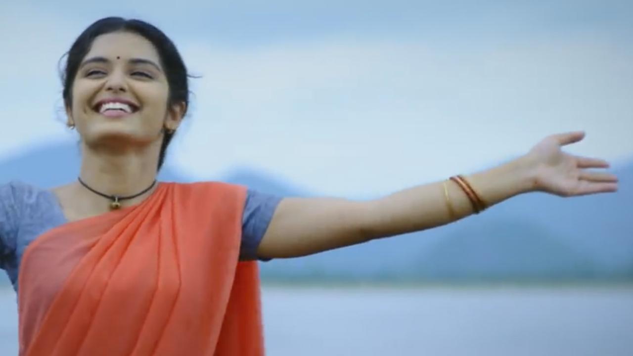 Priyanka M Jain a Still from Mounaraagam